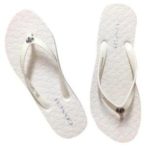 NWOT COACH ABBIGAIL WHITE FLIP FLOPS ~ 8 ~